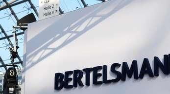 Bertelsmann legt sein Call-Center-Geschäft mit der Saham-Gruppe zusammen.