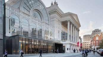 Der Blick auf die Londoner Royal Opera Covent Garden.