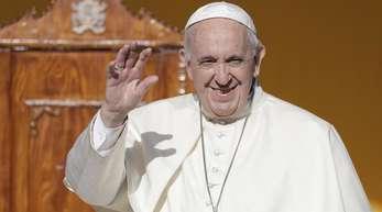 Papst Franziskus redet mit jungen Leuten über Sexualität und Liebe.