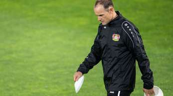 Nach den Niederlagen in der Bundesliga sucht Trainer Heiko Herrlich mit Bayer Leverkusen den Erfolg in der Europa League.