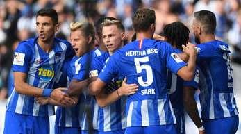 Besser als Hertha BSC ist in der Bundesliga bislang nur Titelverteidiger München. Die Berliner sind zum Auftakt der Englischen Woche in Bremen zu Gast.