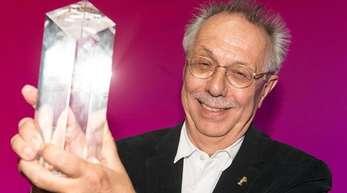 Berlinale-Direktor Dieter Kosslick hat den Ehrenpreis erhalten.
