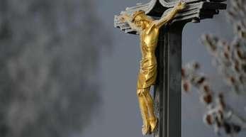 In Fulda werden auf der Deutschen Bischofskonferenz die Ergebnisse der Studie «Sexueller Missbrauch an Minderjährigen durch katholische Priester, Diakone und männliche Ordensangehörige im Bereich der Deutschen Bischofskonferenz» präsentiert.