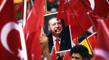 Erdogan kommt auf Einladung von Bundespräsident Steinmeier zu einem Staatsbesuch nach Deutschland.