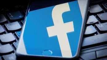 Facebook räumte in der Stellungnahme ein, dass die Arbeit im Löschzentrum häufig schwierig sei.