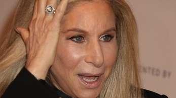 Barbra Streisand singt Trump ins Gewissen.