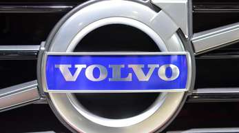 Der schwedische Lkw-Hersteller Volvo hat schwerwiegende Probleme bei der Abgasreinigung seiner Fahrzeuge festgestellt.