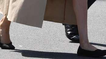 Ihr Umweltbewusstsein zeigt Herzogin Meghan auch bei der Wahl ihrer Schuhe.