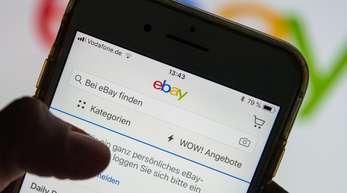 Ebay wirft Amazon ein breit angelegtes «Komplott» vor.