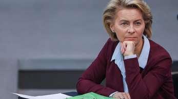 Verteidigungsministerin Ursula von der Leyen (CDU) im Bundestag.