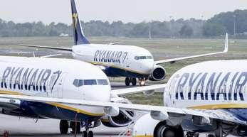 Ryanair hatte bereits Anfang Oktober seine Ergebnisprognose für das Gesamtjahr gesenkt.