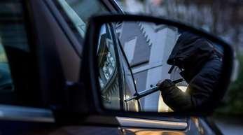 Elektronische Wegfahrsperren in Autos erschweren den Dieben heute ihr kriminelles Handwerk. Die Statistik zeigt einen deutlichen Rückgang.
