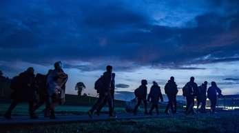 Flüchtlinge an der deutsch-österreichischen Grenze bei Wegscheid in Bayern.
