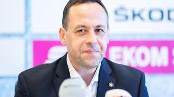 Eishockey-Bundestrainer Marco Sturm freut sich auf seinen Abschied beim Deutschland Cup.