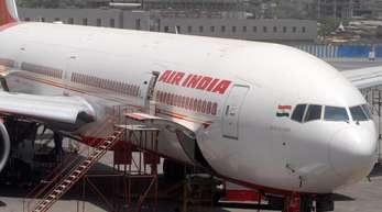 Air India-Jet in Mumbai:Ein angetrunkener Pilot fiel kurz vor dem Start durch einen ALkoholtest.