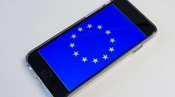 Bereits im Sommer 2017 waren die sogenannten Roaming-Gebühren für Anrufe aus dem EU-Ausland abgeschafft worden.