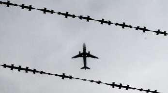 Bei der 18. Sammelabschiebung seit dem ersten Flug im Dezember 2016 sind 40 Afghanen nach Kabul gebracht worden.