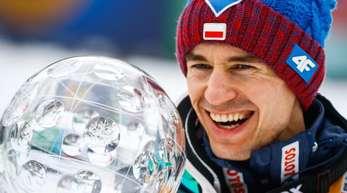 Der Pole Kamil Stoch ist der Top-Anwärter im Skisprung-Weltcup.