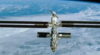 Die Internationale Raumstation ISS, aufgenommen von dem US-Shuttle Endeavour aus.