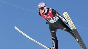 Die Skisprung-Stars um Olympiasieger Andreas Wellinger starten in die Saison.