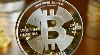 Bitcoin verlor in diesem Jahr über zwei Drittel seines Werts - das macht auch die Erzeugung der Digitalwährung weniger attraktiv.