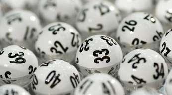Der Online-Lotterieanbieter Zeal Network aus London (Tipp24) will den Hamburger Konkurrenten Lotto24 übernehmen.