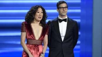 Sandra Oh und Andy Samberg werden im Januar die Golden Globes moderieren.
