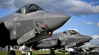 Lockheed Martin F-35 Tarnkappen Mehrzweck Kampfjet der USA sind bei der Raumfahrtausstellung (ILA) ausgestellt.