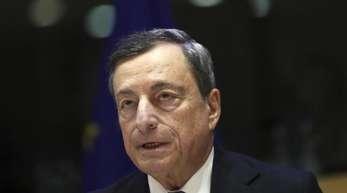 Höchstrichterlich bestätigt: EZB-Präsident Mario Draghi hat mit den massiven Käufen von Staatsanleihen keine indirekte Staatsfinanzierung betrieben.