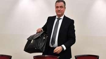 Claus Weselsky, Chef der Lokführergewerkschaft GDL, kommt zu den Tarifverhandlungen.