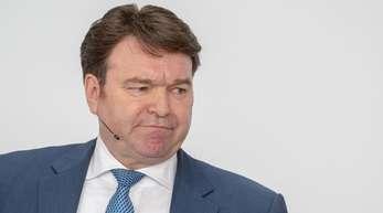 Bram Schot, Audi-Vertriebsvorstand, nimmt an der Bilanz-Pressekonferenz des Fahrzeugherstellers teil. Audi hat Schot zum neuen Vorstandsvorsitzenden ernannt.