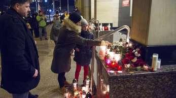 Der tödliche Anschlag auf den Danziger Bürgermeister hat Polen geschockt und in tiefe Trauer gestürzt.
