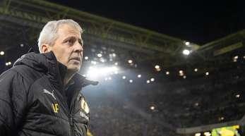 Dortmunds Trainer Lucien Favre will die Bayern weiter auf Abstand halten.