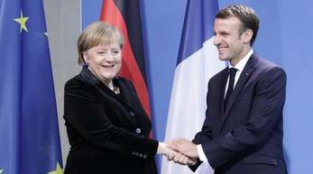 Angela Merkel (CDU) und Emmanuel Macron wollen in Aachen einen neuen Freundschaftspakt besiegeln.