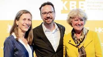 Mariette Rissenbeek und Carlo Chatrian mit Kulturstaatsministerin Monika Grütters.