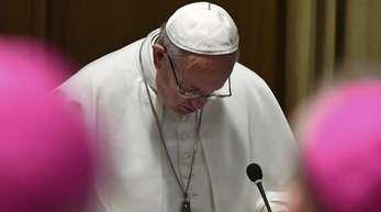 Neben dem Papst kommen rund 110 Chefs der Bischofskonferenzen der Welt, aus Deutschland Kardinal Reinhard Marx.
