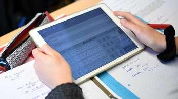 Bis zu eine von den fünf Milliarden sollen auch in Laptops, Notebooks und Tablets fließen.