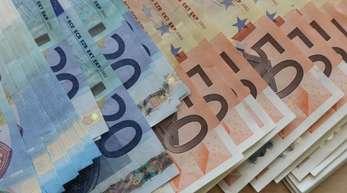 Euro-Geldscheine, aufgenommen bei einem Pressetermin in der Filiale der Bundesbank.