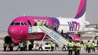 Eine Maschine der ungarischen Fluggesellschaft Wizz Air in Dubai.