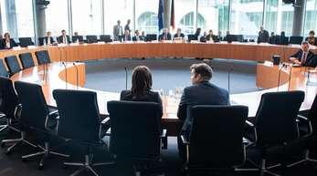 Im Untersuchungsausschuss war auch über Aufnahmen vom Tatort an der Gedächtniskirche gesprochen worden, auf denen angeblich Bilal B.A. zu sehen sein soll.