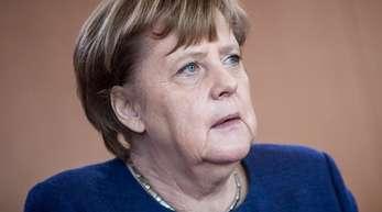 Bundeskanzlerin Angela Merkel muss sich beim Spitzengespräch der Deutschen Wirtschaft mit der Kritik der Verbände auseinandersetzen.