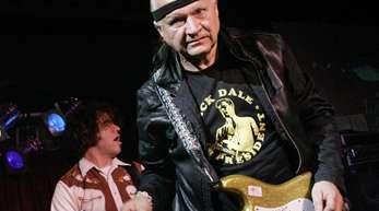 Der Gitarrist Dick Dale wurde 81 Jahre alt.