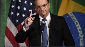 Brasiliens Präsident Jair Bolsonaro spricht vor der US-Handelskammer in Washington.