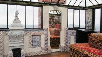 Das Zimmer mit Aussicht («Look-out») im Haus desfranzösischen Schriftstellers Victor Hugo auf der Kanalinsel Guernsey.