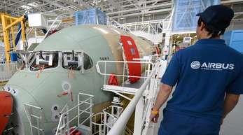 Bau eines Airbus A350 XWB in Toulouse.