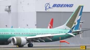 Eine Boeing 737 Max 8 auf dem Boeing Field in Seattle. Aktionäre haben Boeing wegen angeblicher Vertuschung von Sicherheitsmängeln verklagt.