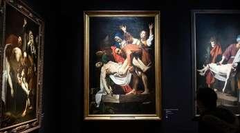 «Die Grablegung Christi» von Dirk van Baburen (r) und Caravaggio (Mitte) und Nicolas Tournier (l) in München.