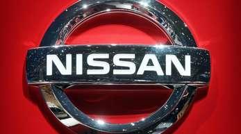Nissan erwähnte «den Einfluss der jüngsten internen Problemee». Damit bezieht sich der Autobauer allem Anschein nach auf seinen ehemaligen Chef Ghosn, der seit Anfang April erneut in Untersuchungshaft sitzt.