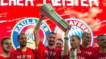 Die Bayern wollen den Titel erneut nach München holen.