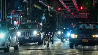 """Keanu Reeves als John Wick in einer Szene des Films """"John Wick: Kapitel 3""""."""